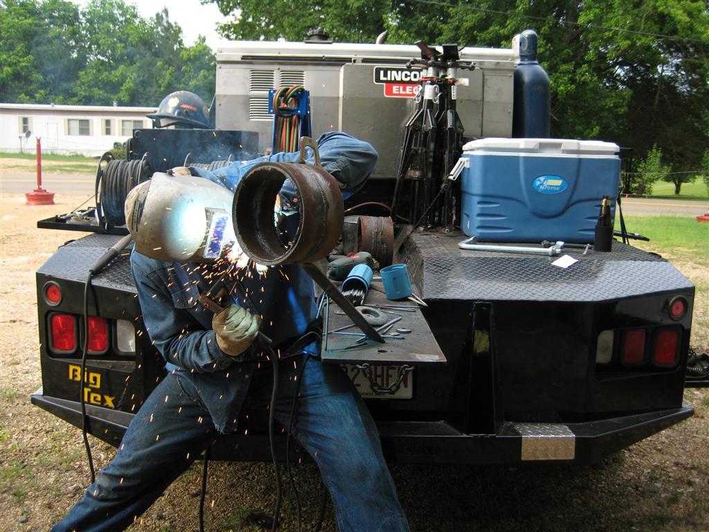 Pipeline Welding Trucks >> Pipeline Welding | Nicholas Fluhart