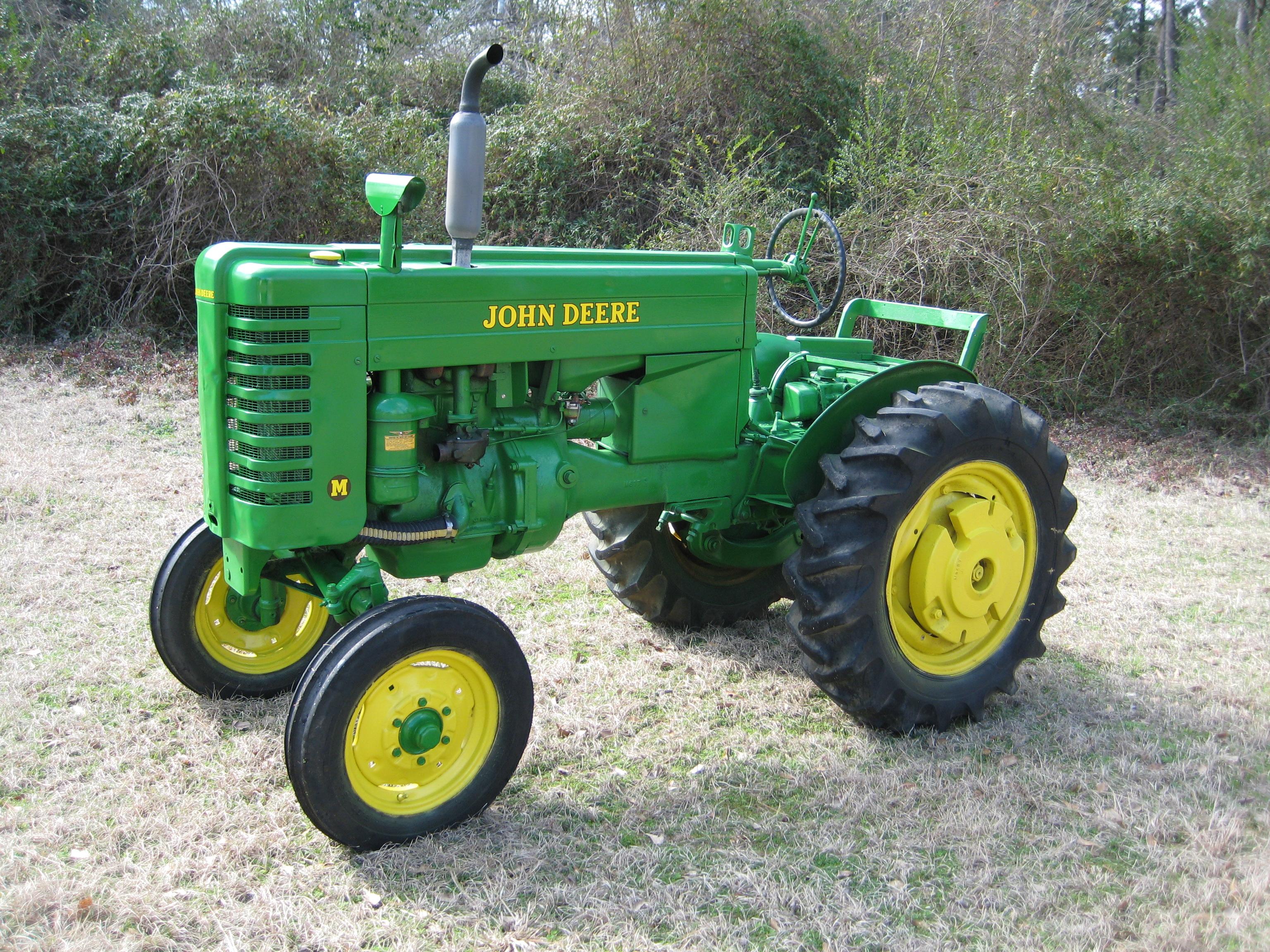 Project  John Deere Model M