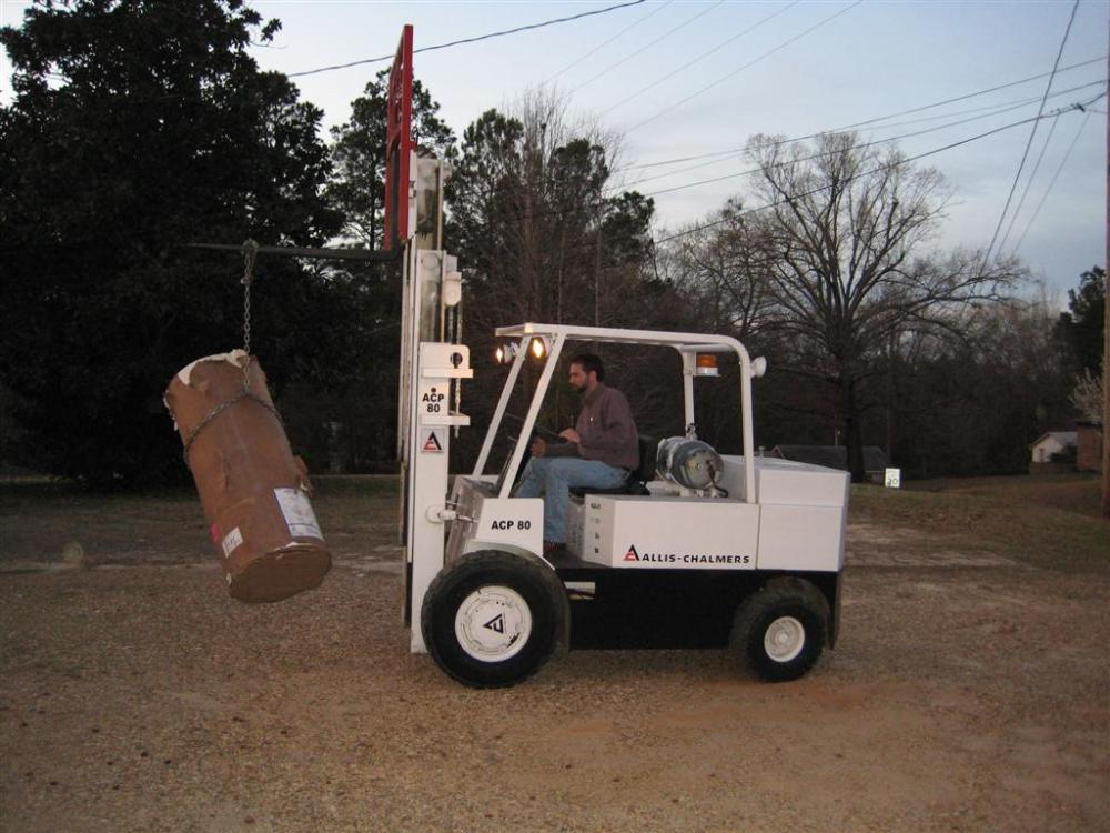 Allis-Chalmers ACP 80 Lift Truck (3/4)