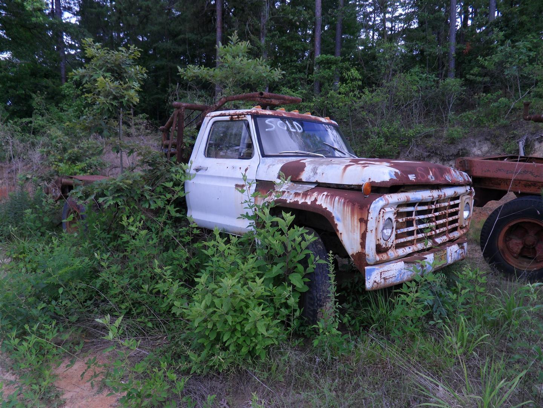 Retreiving More Old Iron: F-700 Winch Truck | Nicholas Fluhart