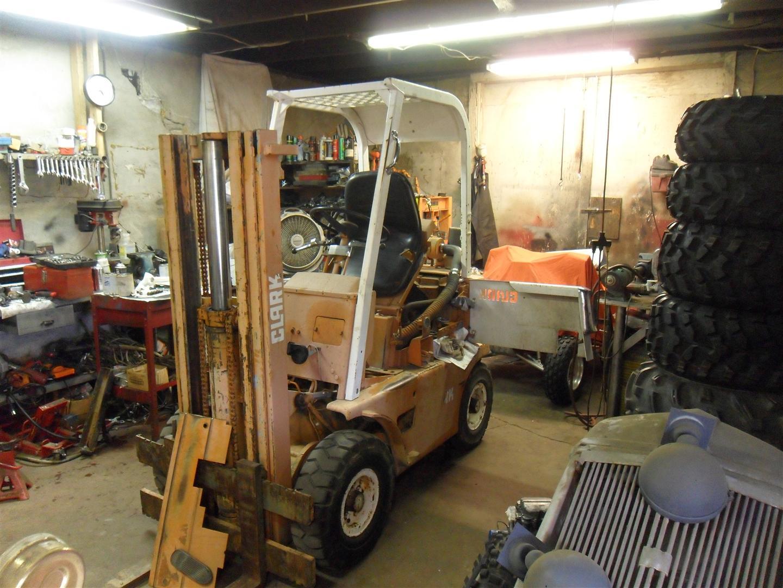 Project: Clark Forklift | Nicholas Fluhart