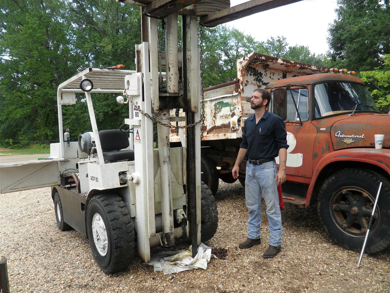 Allis-Chalmers Forklift Cylinder Repair | Nicholas Fluhart